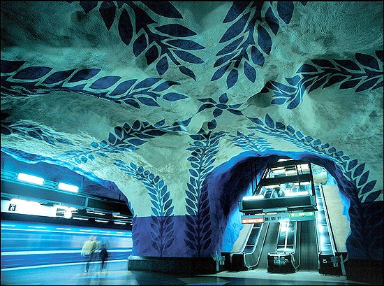 6 F12 Stockholm