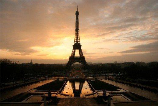 Les touristes aiment Paris!