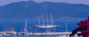 bodrum-bateau-dans-la-baie-image-300x127