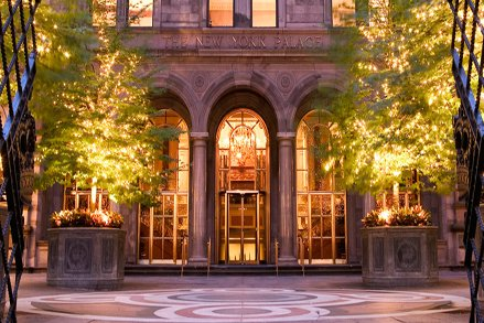 the_new_york_palace_hotel_has_the_green_key_to_new_york_city_lg